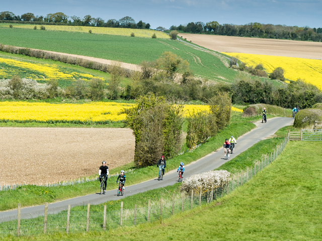 Cyclists near Goring